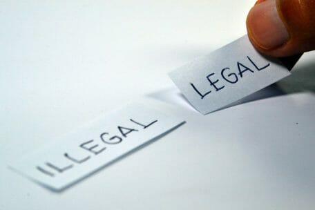 La nota es sobre la cancelación del programa DACA. La imagen es ilustrativa.